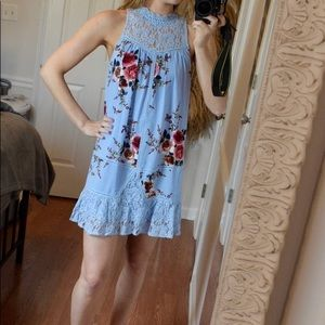 Baby blue floral entro dress with lace detailing